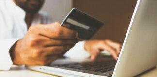 E-commerce lokuje kapitał w magazyny